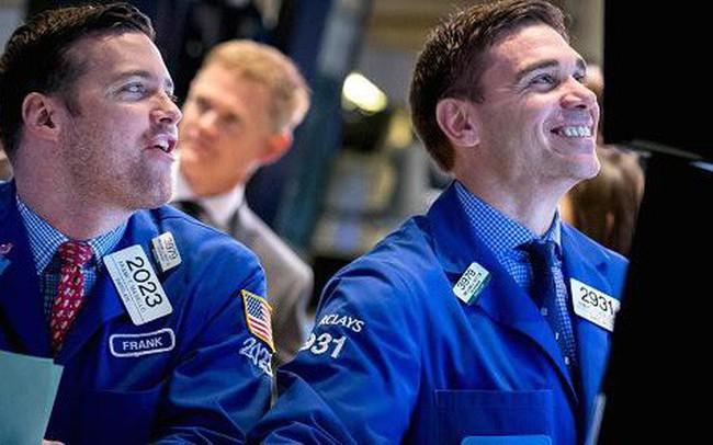 """Phiên 21/3: Thị trường giảm sâu, khối ngoại tập trung """"gom"""" cổ phiếu VN30 và E1VFVN30"""