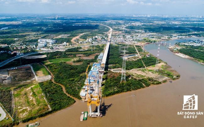Đề xuất mở rộng cao tốc TPHCM-Long Thành-Dầu Giây lên 12 làn xe, xây dựng tuyến đường sắt kết nối sân bay Long Thành với TPHCM