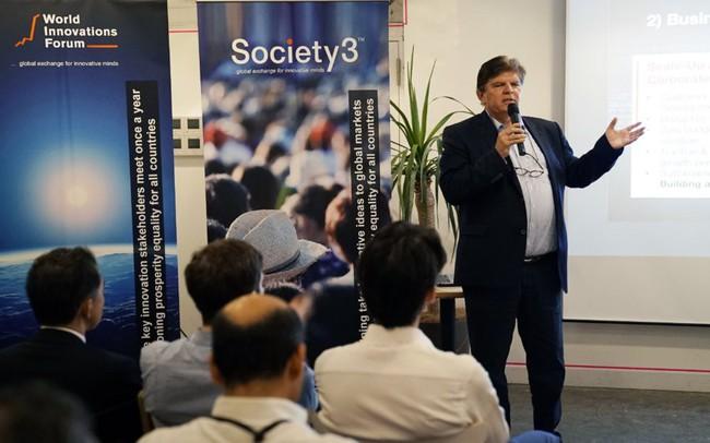 """Tỷ phú Thuỵ Sĩ: Startup Việt phải làm được thứ khiến thế giới ồ lên """"Cái này của Việt Nam à!"""""""
