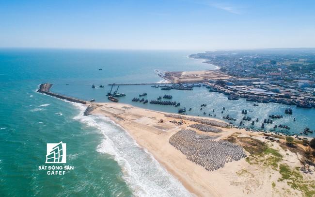 Vì sao chỉ trong thời gian rất ngắn, tuyến đường ven biển đẹp nhất phía Nam này đang bùng nổ nguồn cung biệt thự biển?