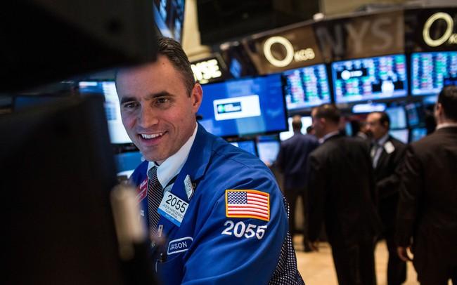"""Chứng khoán Mỹ 12/4: Phố Wall """"xanh mướt"""" bởi mùa báo cáo tài chính được khởi động với những con số khả quan,"""