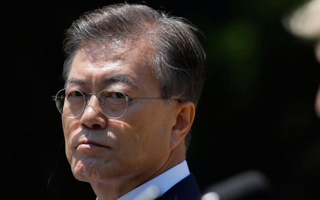 Khổ như làm tổng thống: Ông chủ Nhà Xanh Moon Jae-in mất 12 chiếc răng vì đàm phán với Triều Tiên
