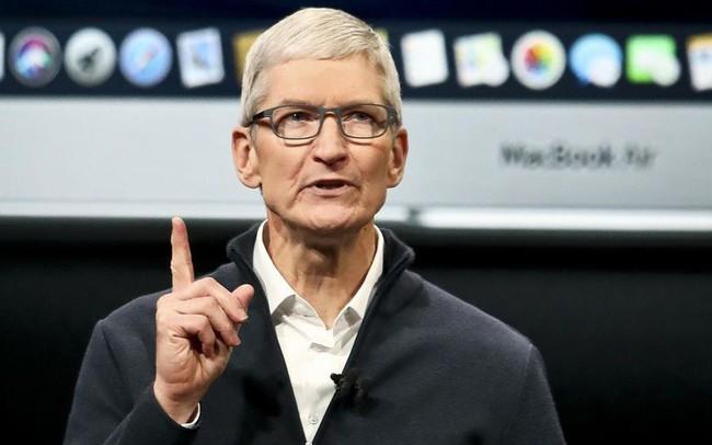 """Bị nghi ngờ khả năng lãnh đạo vì cái bóng quá lớn của Steve Jobs, Tim Cook đã khiến những người chê bai mình """"muối mặt"""" khi tìm ra điểm mấu chốt này, nghiễm nhiên trở thành huyền thoại mới của Apple"""