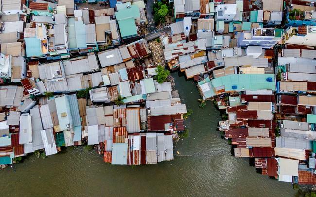Kế hoạch di dời 20.000 căn nhà ven kênh rạch TP.HCM vẫn