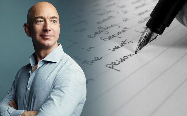 Jeff Bezos vẫn hài hước khi viết thư gửi cổ đông Amazon năm nay, nhưng 2 câu này mới là điều đáng chú ý nhất: Muốn thành công, nhất định phải đọc qua một lần!