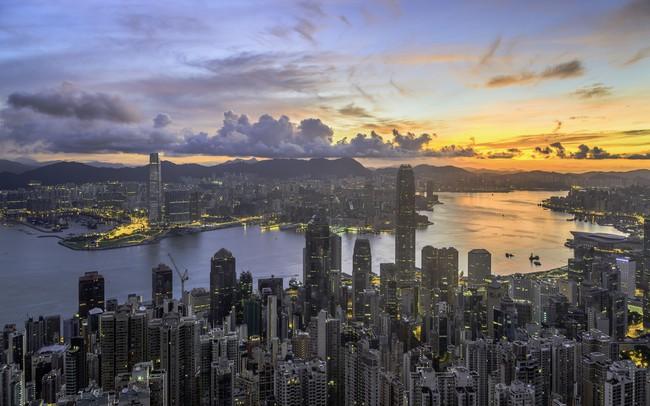 """Hồng Kông đã thay đổi như thế nào sau hơn 2 thập kỷ """"rồng đổi màu""""?"""