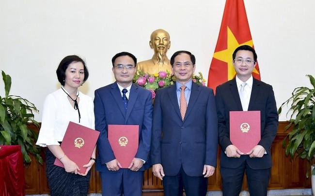 Bộ Ngoại giao bổ nhiệm lãnh đạo cấp Vụ