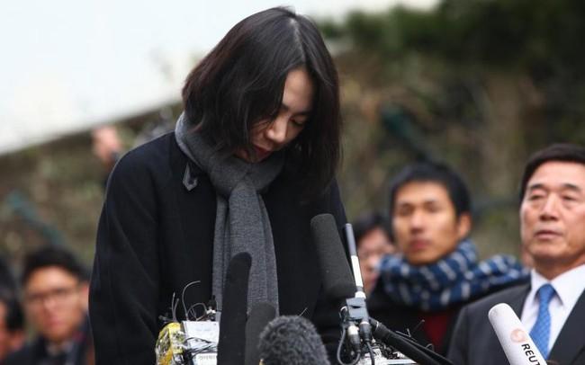Những bê bối rúng động đẩy gia đình cựu Chủ tịch Korean Air vào tủi hổ