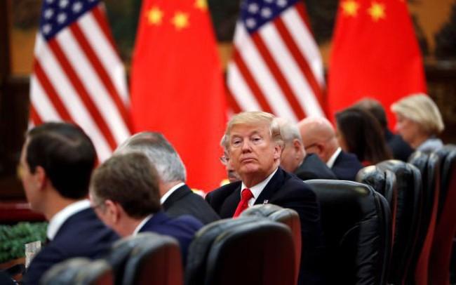 Chứng khoán châu Á đồng loạt giảm điểm phiên đầu tuần, hợp đồng tương lai Dow Jones giảm 240 điểm