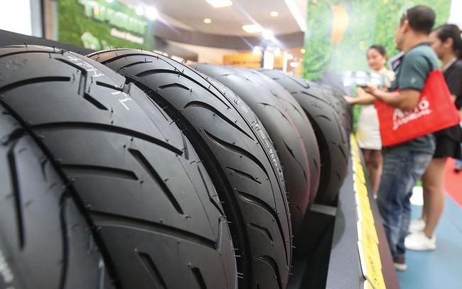 """Người Việt chi mạnh sắm ô tô cá nhân, lợi nhuận của các thương hiệu săm lốp Sao Vàng, Casumina, DRC lại """"cắm đầu"""" về đáy 10 năm"""