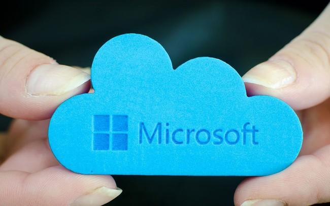 """Một Microsoft lỗi thời """"lột xác"""" ngoạn mục dưới thời của Satya Nadella: Lượng thuê bao cao hơn Netflix, doanh thu điện toán đám mây vượt Google và trở thành công ty giá trị nhất thế giới"""