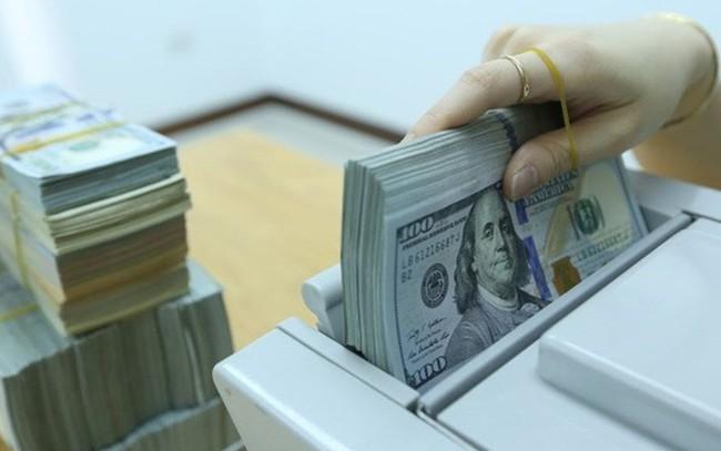Chiều nay 7/5, USD ngân hàng bất ngờ đồng loạt tăng vọt