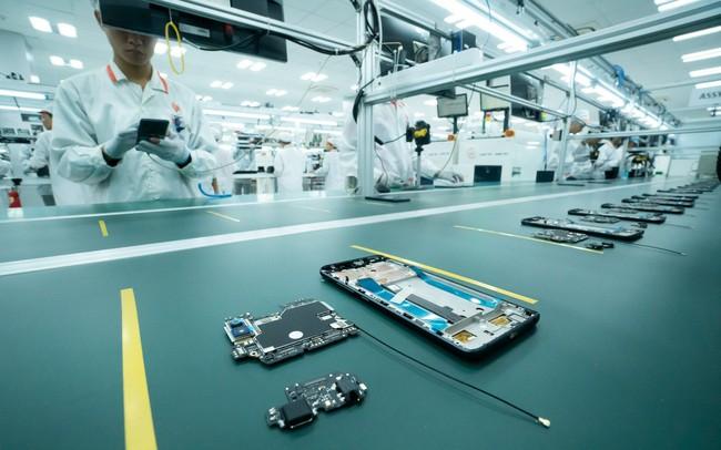 Vingroup động thổ nhà máy điện thoại thứ 2 tại Hòa Lạc, công suất gấp 25 lần nhà máy Hải Phòng