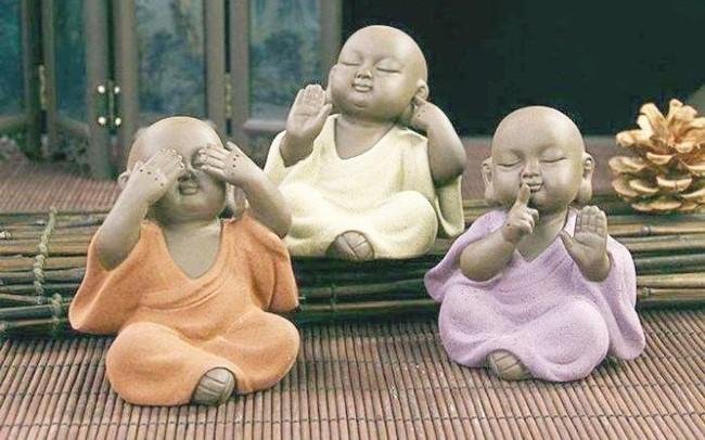Im lặng là một loại trí tuệ: Thay vì những lời nhảm nhí vô dụng, biết cách lặng yên đúng lúc mới là kẻ khôn ngoan