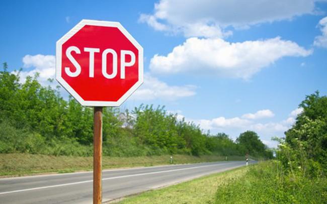 Nhà đầu tư chú ý: Cổ phiếu HLG sắp bị tạm ngừng giao dịch - ảnh 1