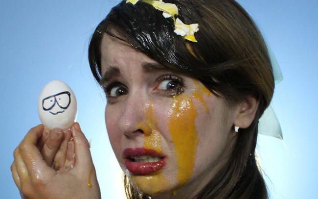 Startup Việt như cô gái đẹp đội trên đầu rổ trứng, nếu quá mơ mộng rổ trứng sẽ phình to, nhảy một cái là đổ vỡ hết! - ảnh 1