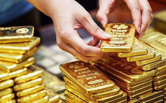 Vàng thế giới hạ nhiệt, vàng SJC vẫn neo trên 37,5 triệu đồng/lượng