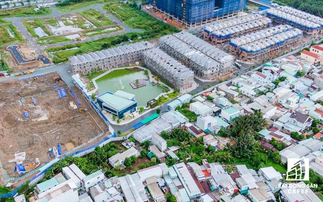 Vụ 110 căn biệt thự xây trái phép ở Quận 7 (TPHCM): Chủ đầu tư nói dự án được miễn giấy phép xây dựng