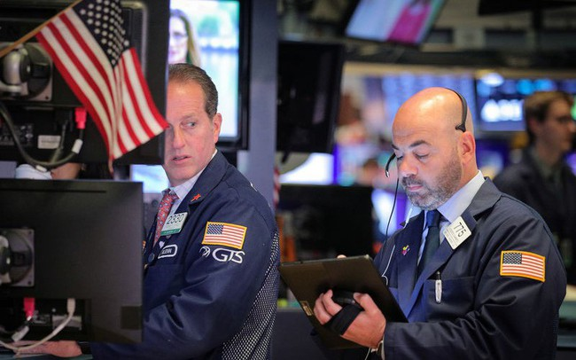 Trade War có lối thoát, FED tỏ ra ôn hòa, chứng khoán Mỹ bùng nổ ngay từ đầu phiên