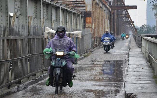 Bắc Bộ tiếp tục mưa dông diện rộng kéo dài hết ngày nay