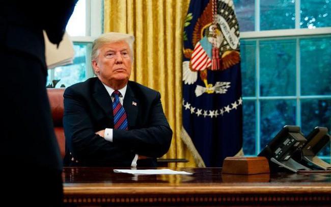Phút cân não tới thống khổ của Tổng thống Trump trong quyết định không kích Iran - ảnh 1