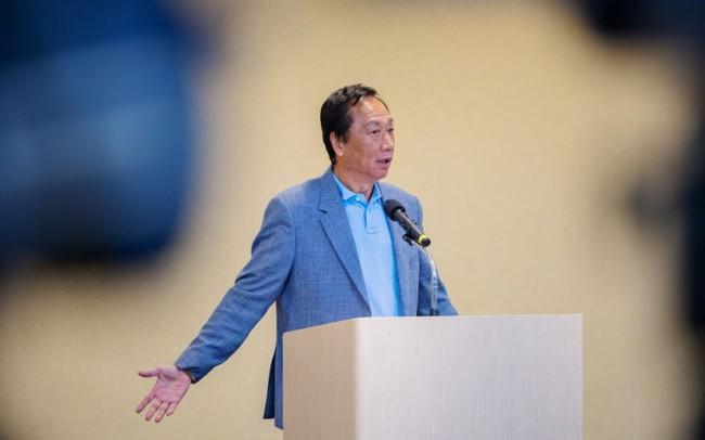 Chủ tịch Foxconn giục Apple di dời cơ sở sản xuất từ Trung Quốc sang Đài Loan