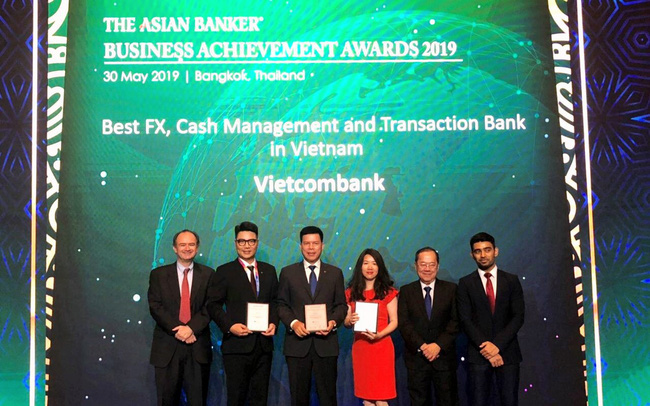 Vietcombank nhận 3 giải thưởng quan trọng