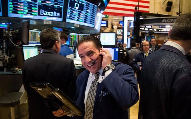 Đàm phán thương mại Mỹ - Mexico có dấu hiệu khả quan, Dow Jones bật tăng 260 điểm