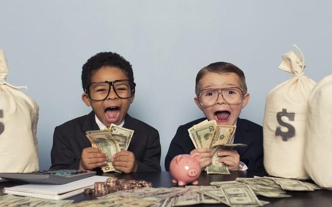 Phát hiện chấn động từ nghiên cứu kéo dài 30 năm: Muốn con cái có lương cao, vị trí tốt ở tuổi 30, cha mẹ hãy rèn trẻ tính cách này ngay khi còn bé