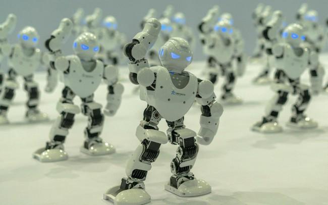 """Cách mà Trung Quốc, một """"kẻ sao chép"""" trở thành gã khổng lồ về công nghệ thực thụ và trực tiếp cạnh tranh với Mỹ"""