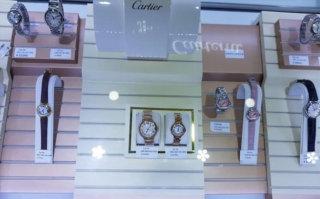 Đồng hồ Patek Phillipe giá 400 triệu đồng nhưng... chỉ là hàng giả