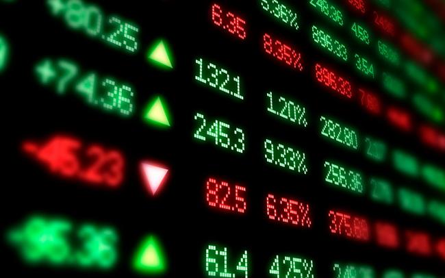 Khối ngoại tiếp tục mua ròng gần 180 tỷ đồng, VN-Index duy trì sắc xanh trong phiên 17/7