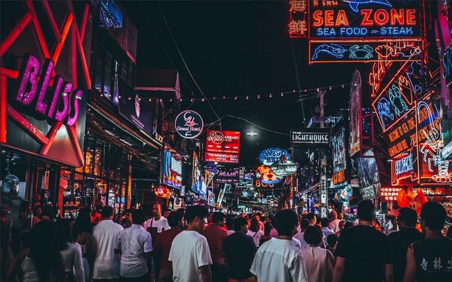 Du lịch Pattaya suy thoái - du khách sang Việt Nam