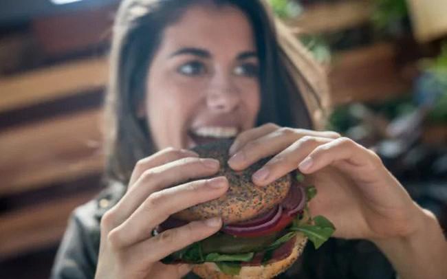Người ăn thịt hay ăn chay sống lâu hơn và tranh luận của các nhà khoa học
