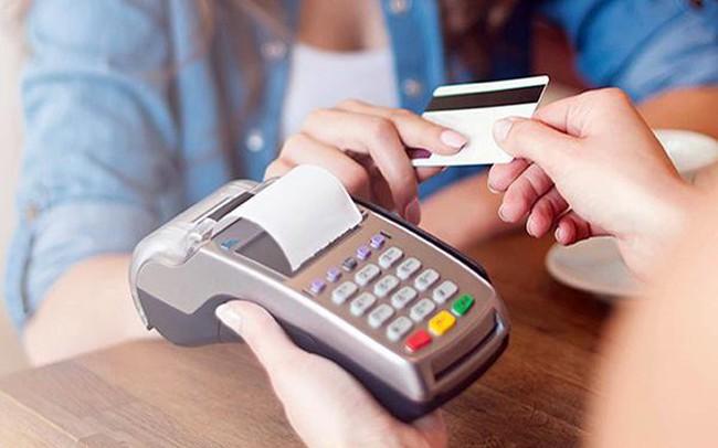 Chặn lách luật cho vay qua thẻ tín dụng