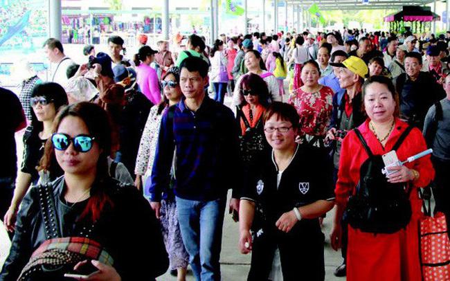 Đằng sau việc khách Trung Quốc rời bỏ Việt Nam