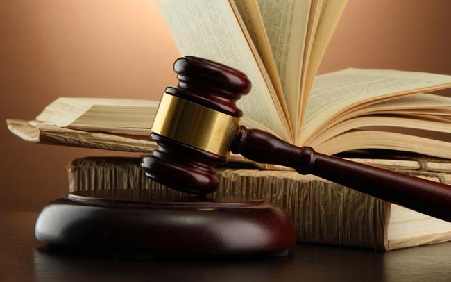 Không gửi thư mời họp ĐHCĐ, Dược Bến Tre (DBT) bị phạt nặng