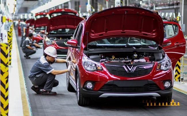 Reuters: Lao động lành nghề ở Việt Nam đang chịu áp lực lớn bởi chiến tranh thương mại, các công ty có thể học tập Vinfast