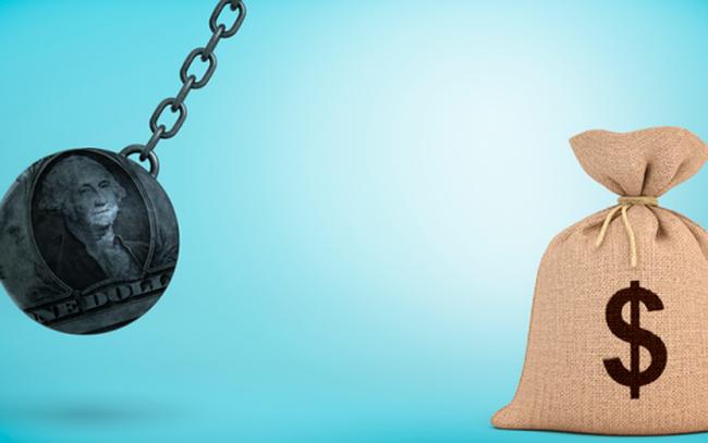 """Đồng USD mạnh là """"quả thép văng"""" sẽ đẩy kinh tế Mỹ và thế giới đến bờ vực?"""