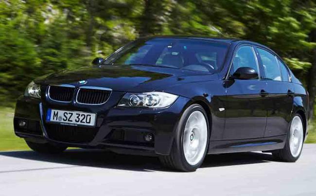 Triệu hồi gần 900 xe BMW Series 3 E90/E93 do lỗi quạt gió máy lạnh
