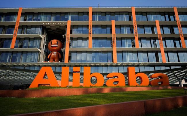 Doanh thu của Alibaba vẫn tăng 42% dù kinh tế Trung Quốc giảm tốc