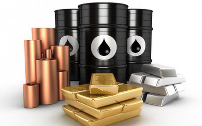 Thị trường ngày 11/9: Giá dầu quay đầu giảm, cao su tăng mạnh, vàng xuống thấp nhất 1 tháng