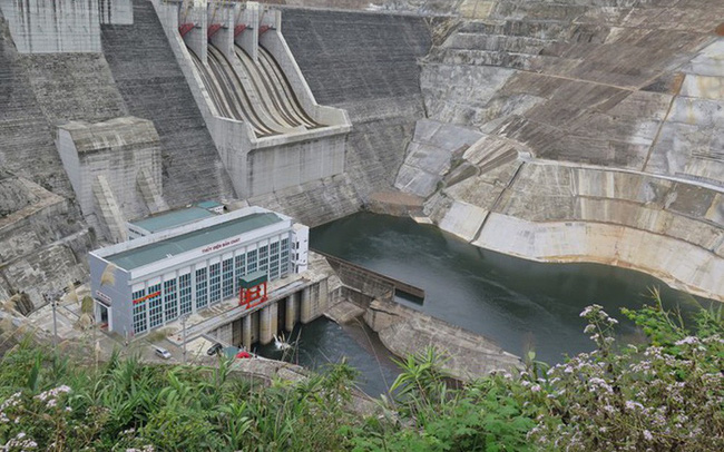 Thời tiết nắng nóng quý 2 khiến doanh nghiệp thủy điện lãi giảm 54% so với cùng kỳ