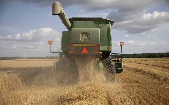 """Mỹ gọi Trung Quốc """"trả lời"""": Hạ giá nhân dân tệ, ngừng mua nông sản, hai bên bước vào cuộc chiến toàn diện"""