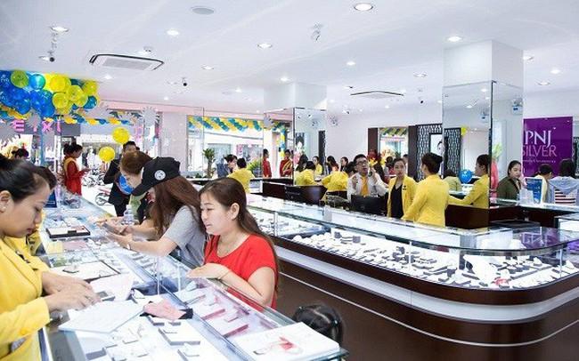 Đà tăng chưa dứt, giá vàng leo lên gần 42 triệu đồng/lượng