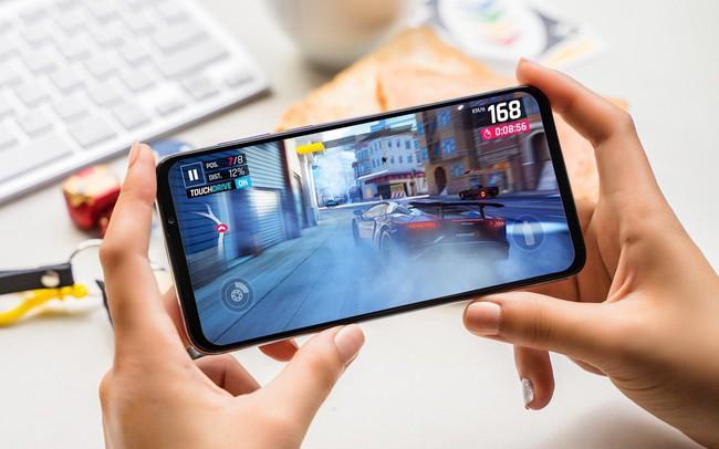 Vingroup tung điện thoại VSmart thế hệ 2 giá 7 triệu với camera góc rộng, chụp đêm như phân khúc cao cấp