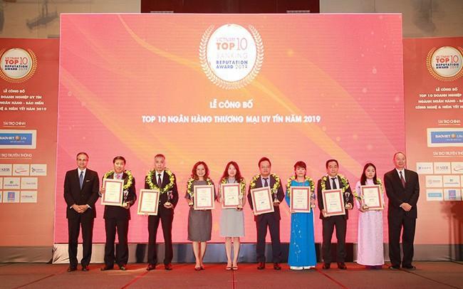 Vietnam Report công bố 10 ngân hàng Việt Nam uy tín nhất 2019