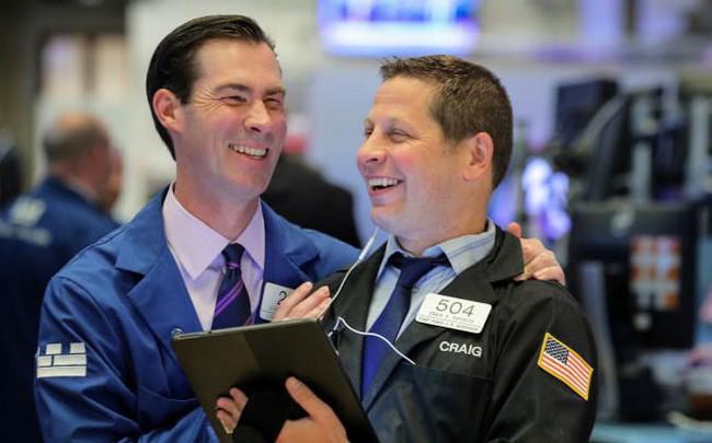 Trung Quốc phát đi tín hiệu nhượng bộ với Mỹ, Dow Jones ghi nhận đà tăng 4 phiên liên tiếp