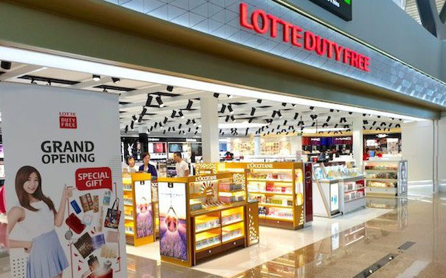 """Thấy gì từ việc """"ông trùm"""" kinh doanh hàng miễn thuế Lotte tấn công mạnh vào thị trường Việt Nam?"""