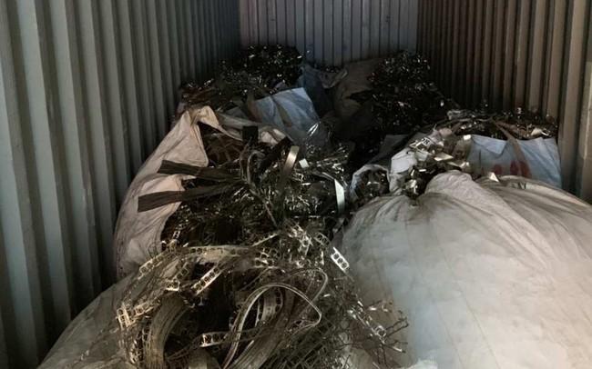 Khởi tố công ty xuất khẩu lậu phế liệu, gian lận thuế hơn 400 triệu đồng